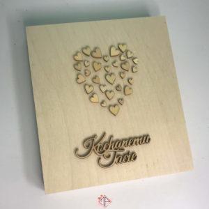 drewniane-pudelko-serduszka
